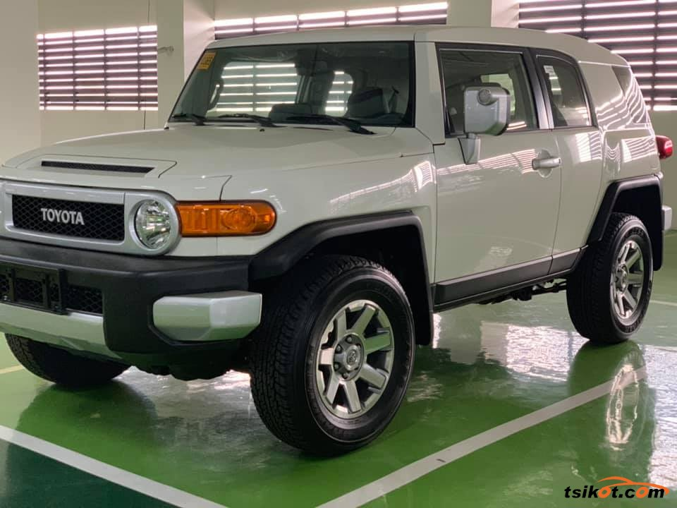 Toyota Fj Cruiser 2018 - 2