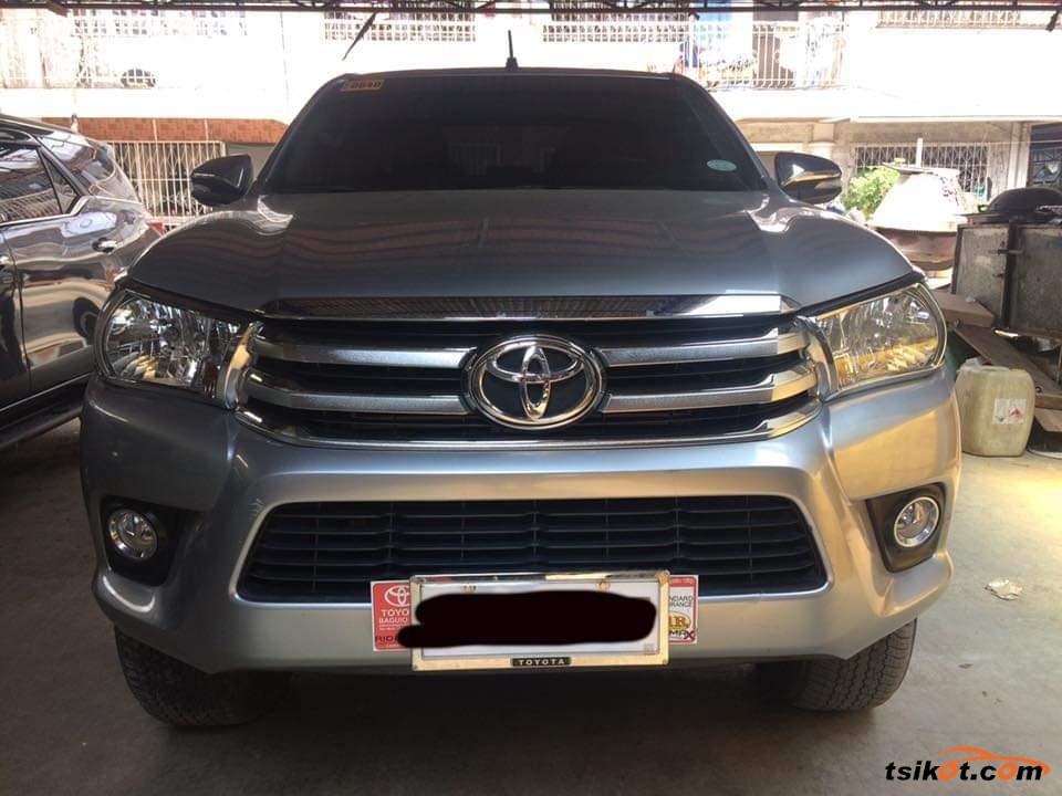 Toyota Hilux 2017 - 6