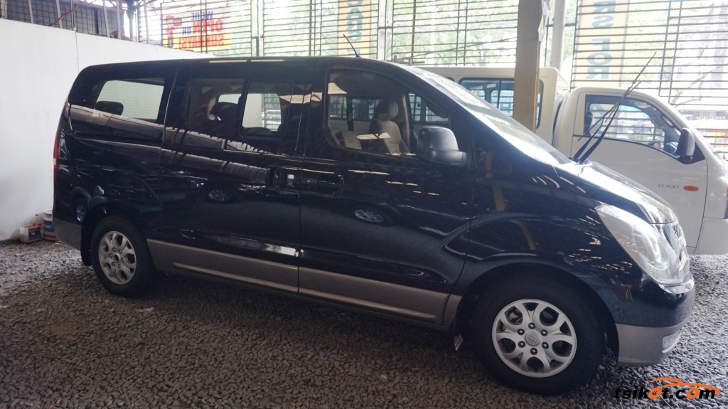 Hyundai Starex 2010 - 2