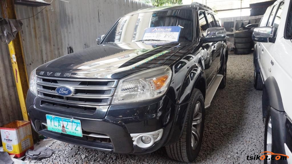 Ford Everest 2013 - 1