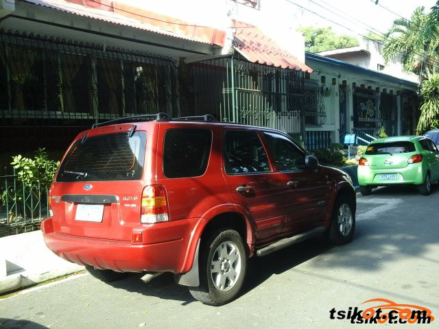 Ford Escape 2004 - 6