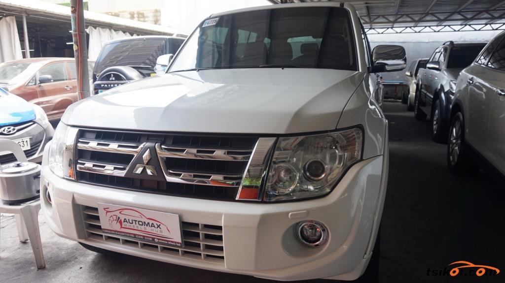 Mitsubishi Pajero 2013 - 1