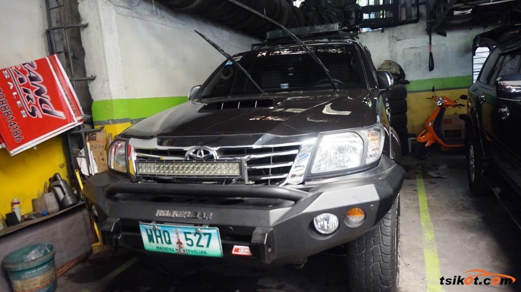 Toyota Hilux 2013 - 1