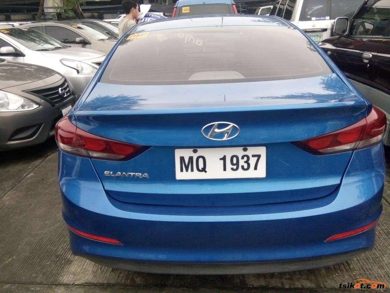 Hyundai Elantra 2016 - 4