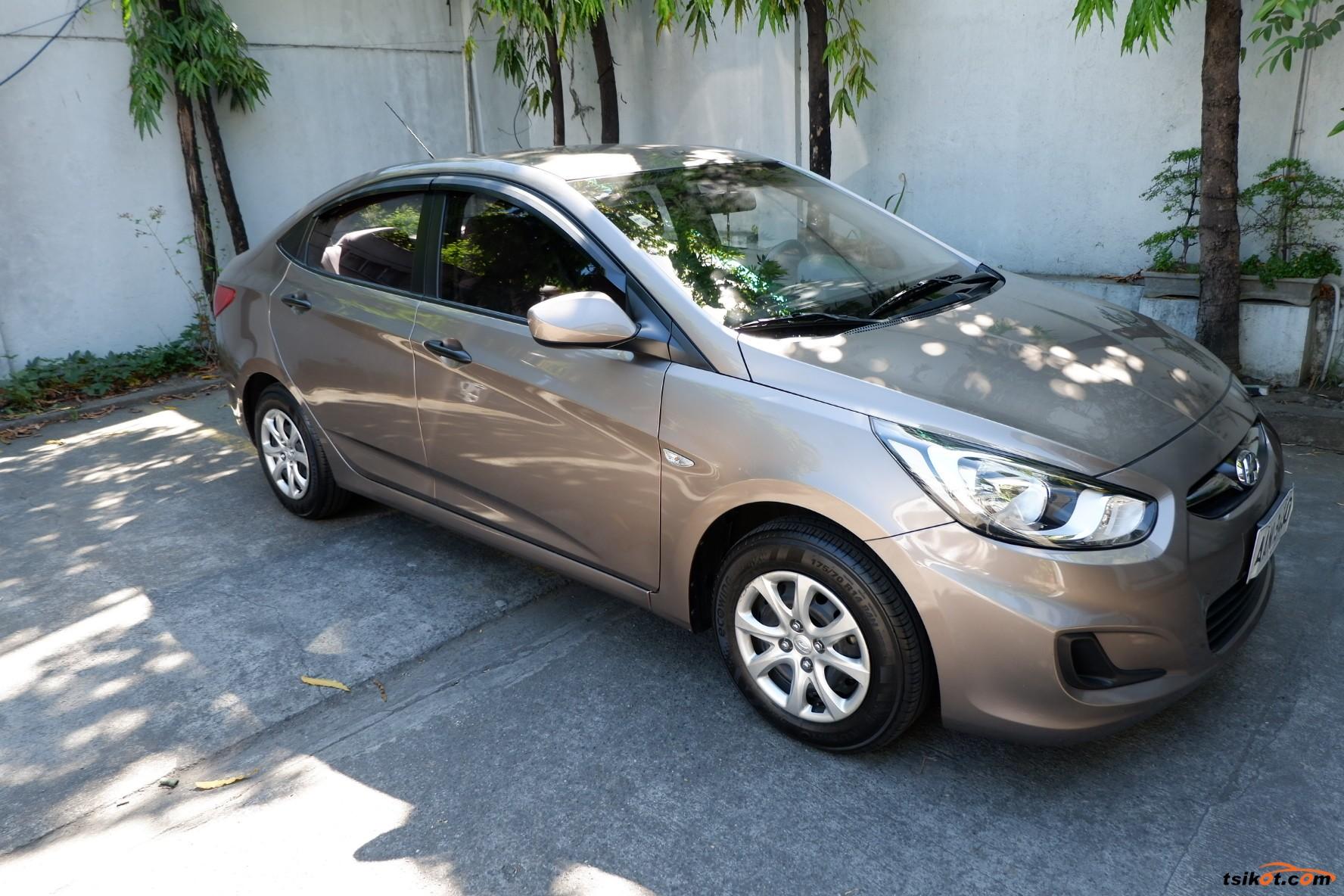 Hyundai Accent 2014 - 8