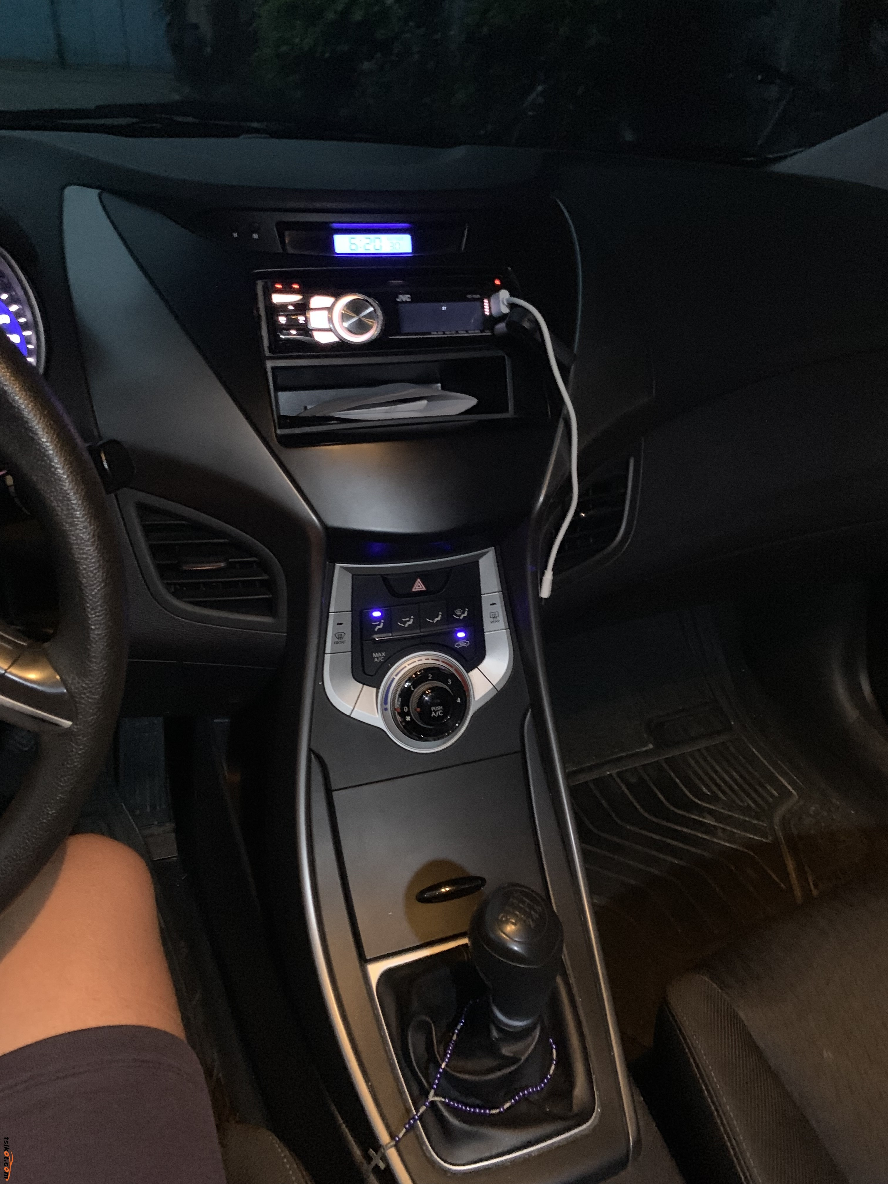 Hyundai Elantra 2012 - 10