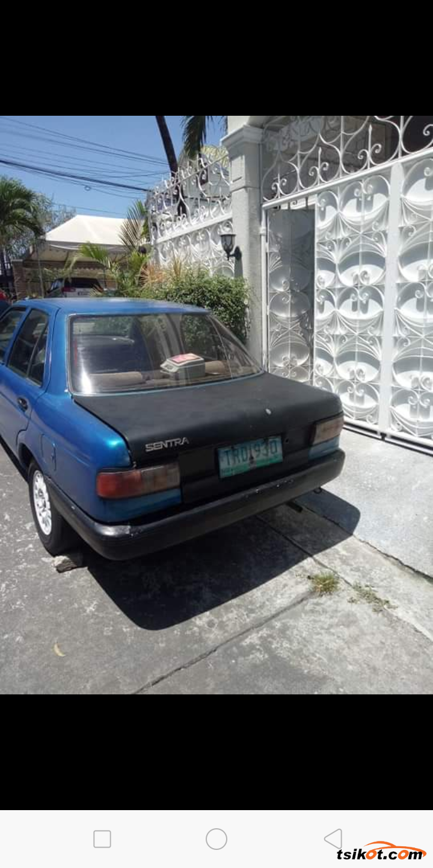 Nissan Sedan 1994 - 1