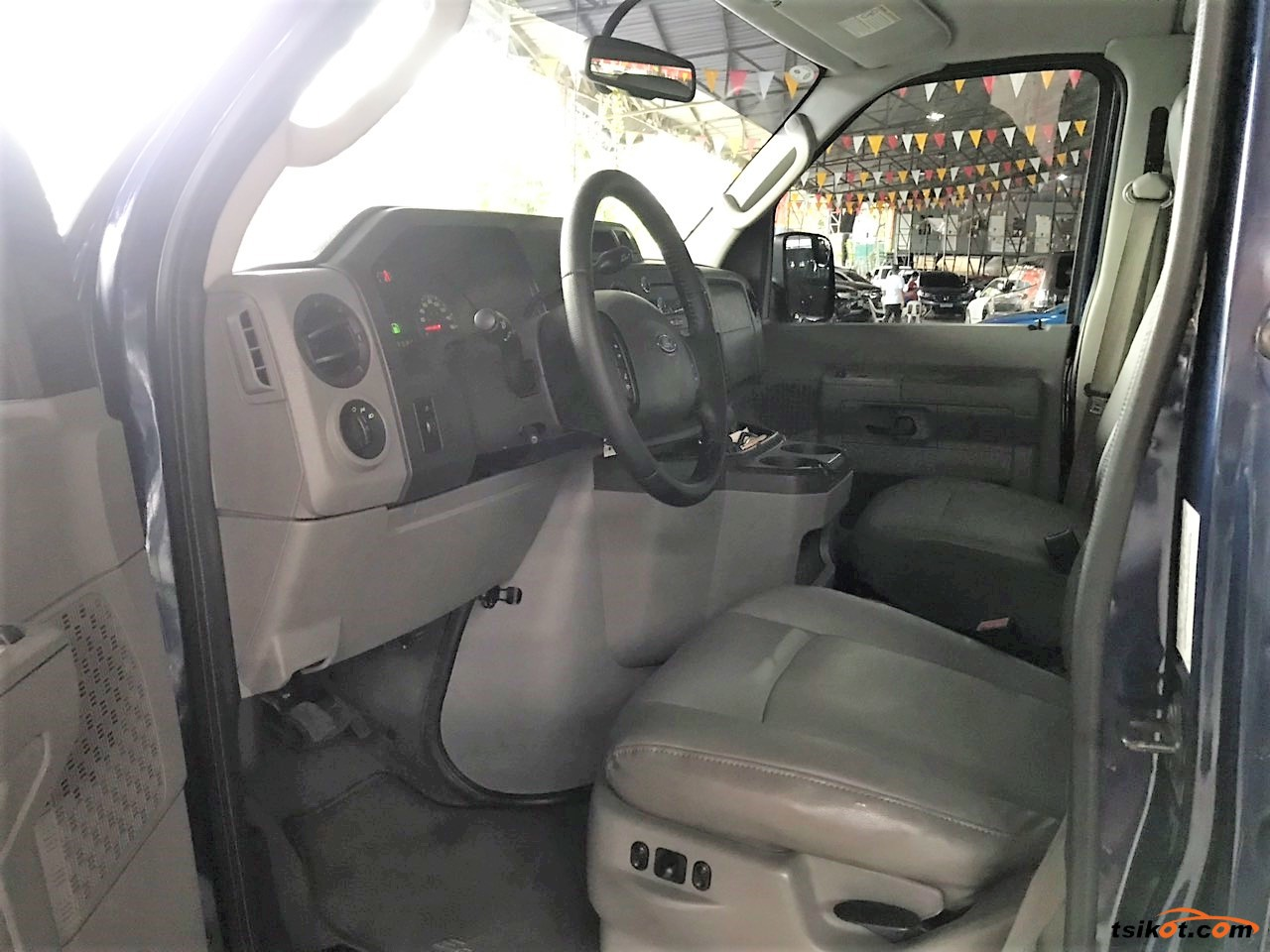 Ford E-150 2011 - 5