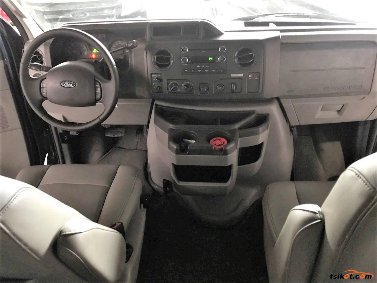 Ford E-150 2011 - 8