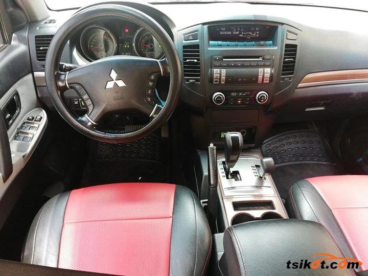 Mitsubishi Pajero 2007 - 5