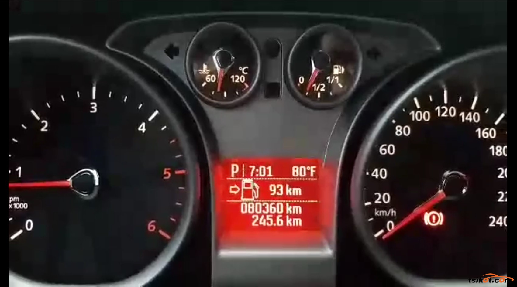Ford Focus 2010 - 8