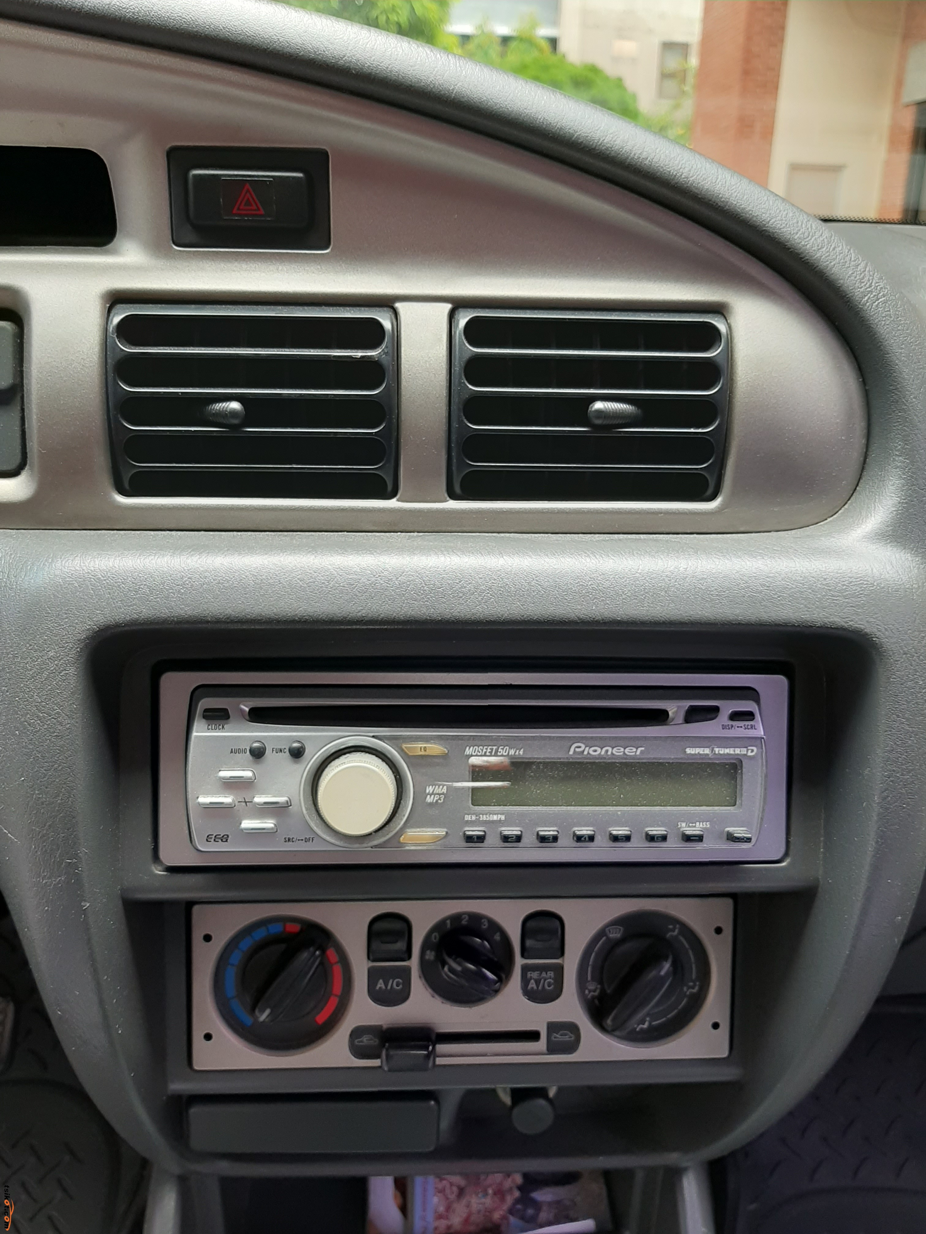 Ford Everest 2003 - 6