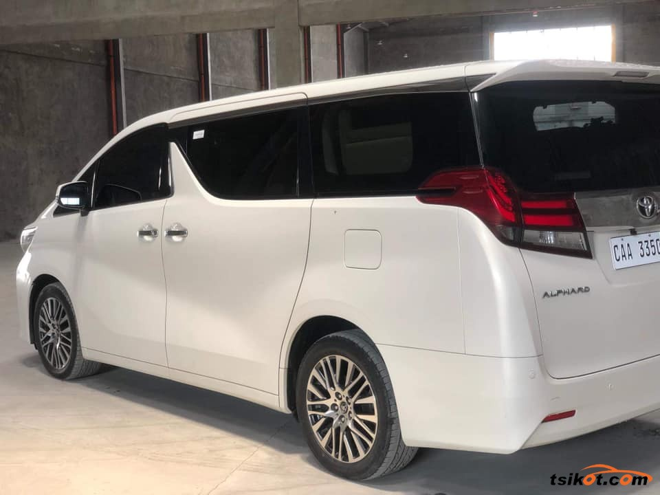 Toyota Alphard 2017 - 5