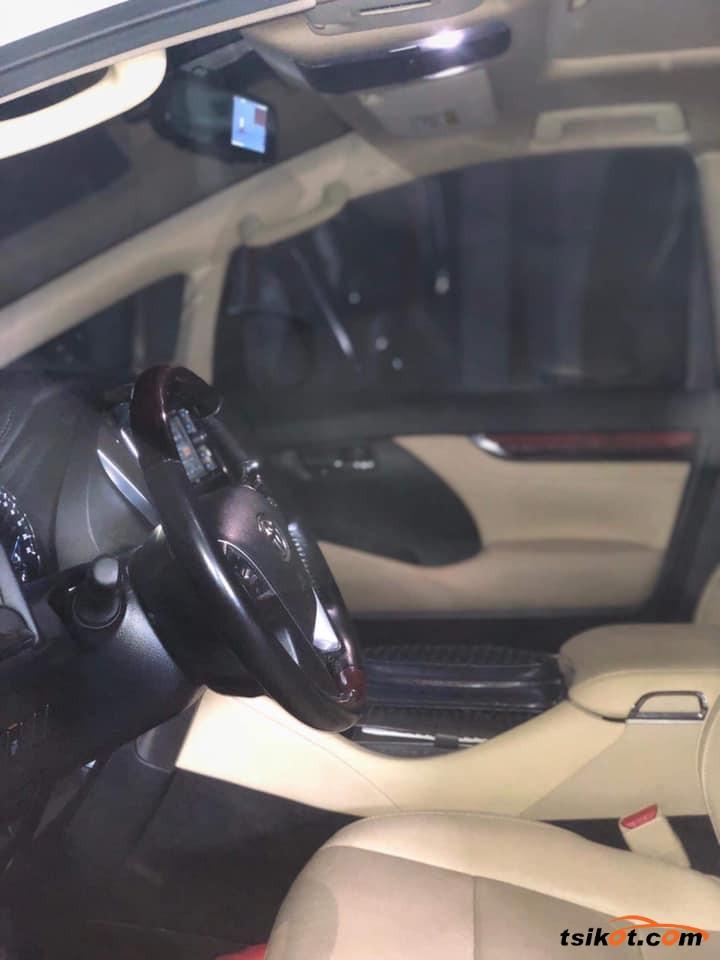 Toyota Alphard 2017 - 6