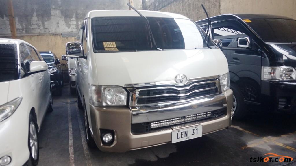 Toyota Hi-Ace 2017 - 1