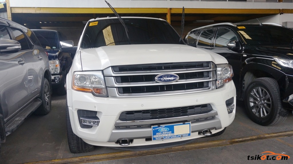 Ford Expedition 2017 - 1