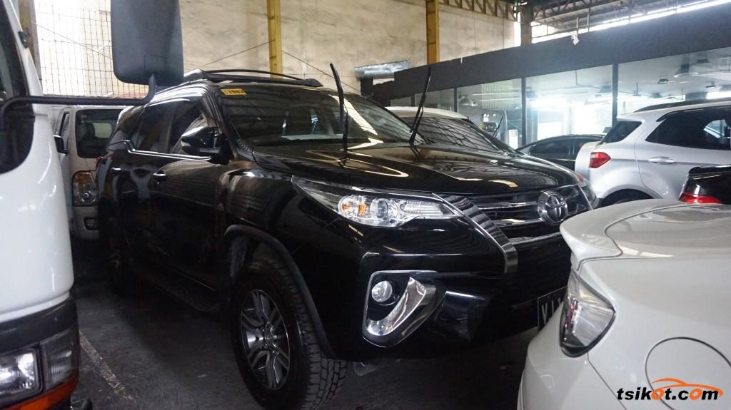 Toyota Fortuner 2017 - 1