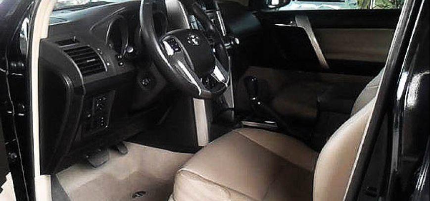 Toyota Land Cruiser 2011 - 10