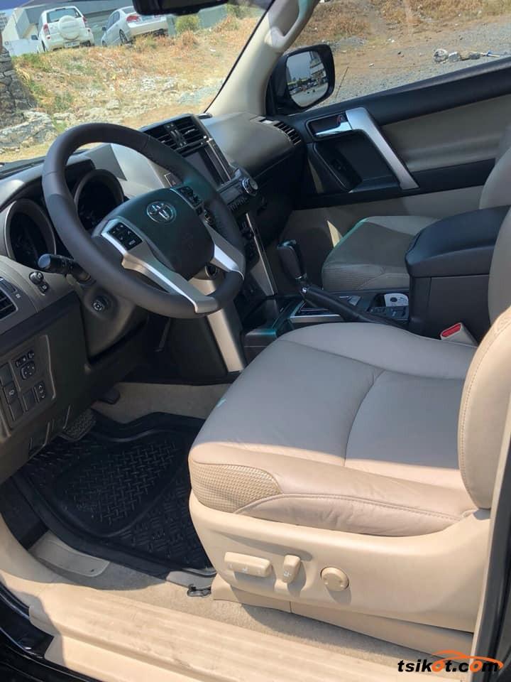 Toyota Land Cruiser Prado 2015 - 4