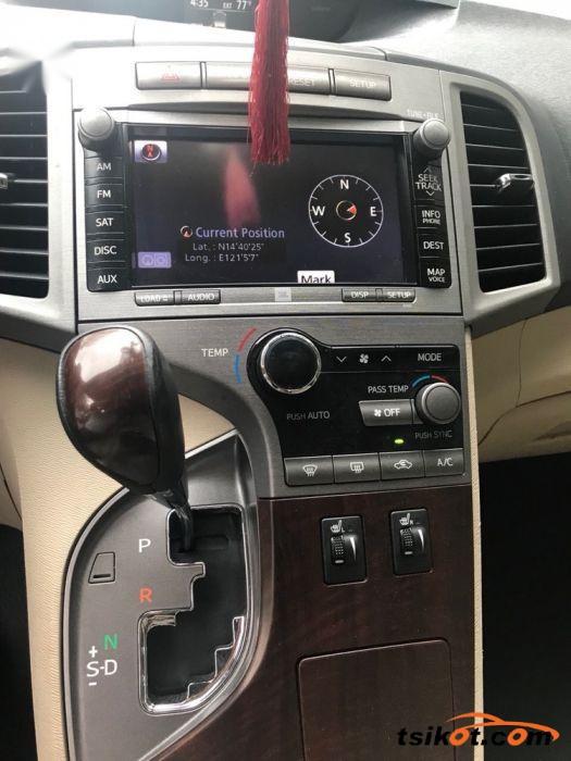 Toyota Venza 2010 - 9