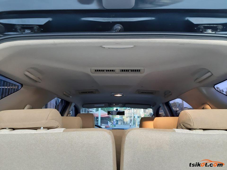 Toyota Fortuner 2014 - 10