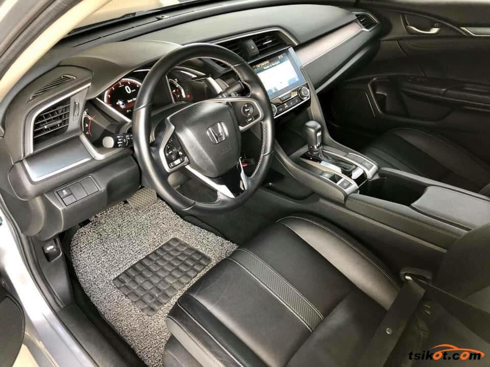 Honda Civic 2017 - 1