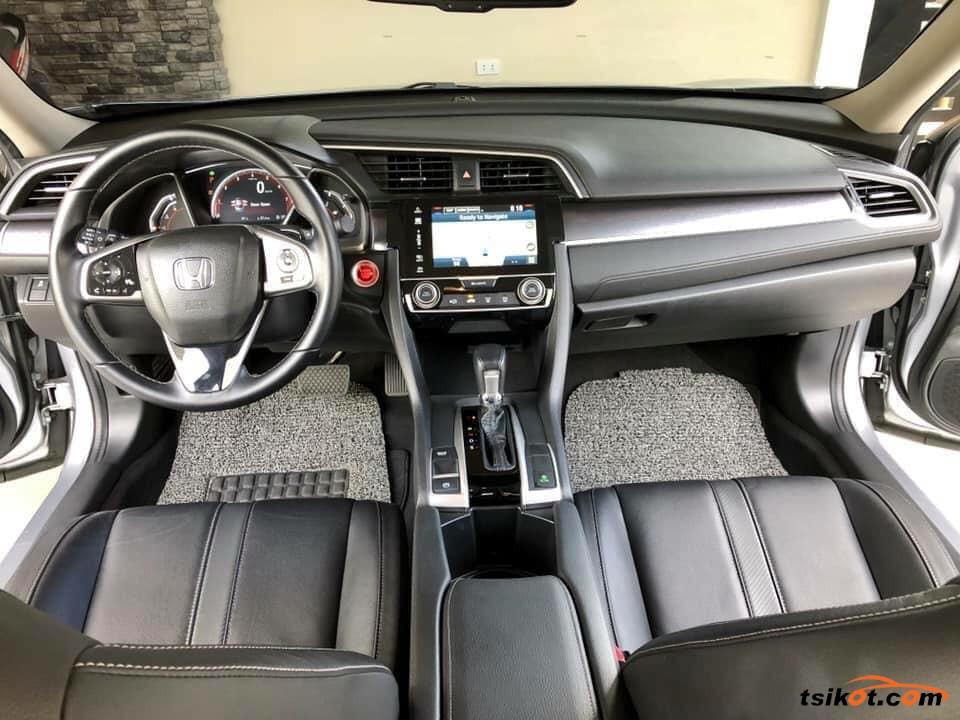 Honda Civic 2017 - 8