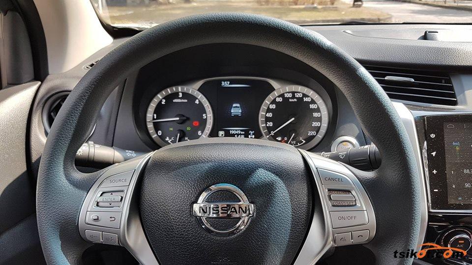 Nissan Navara 2017 - 9