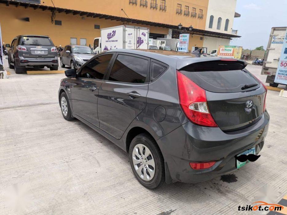 Hyundai Accent 2013 - 5