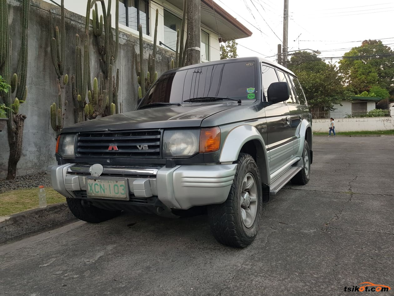 Mitsubishi Pajero 1997 - 1