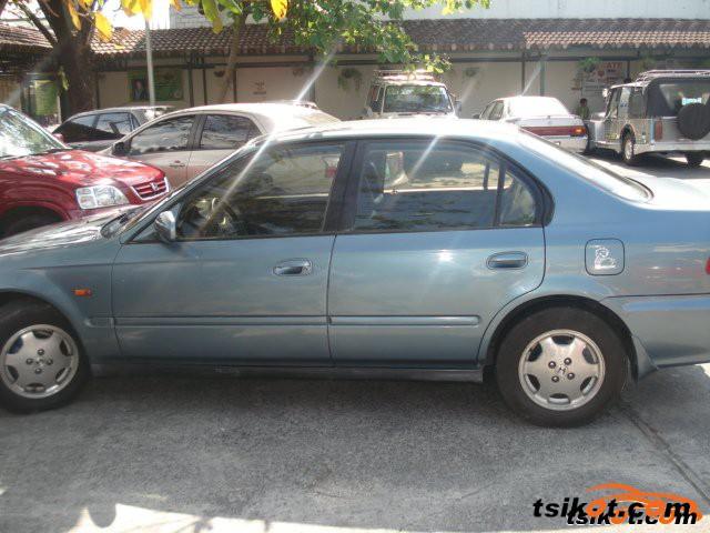 Honda Civic 2000 - 4
