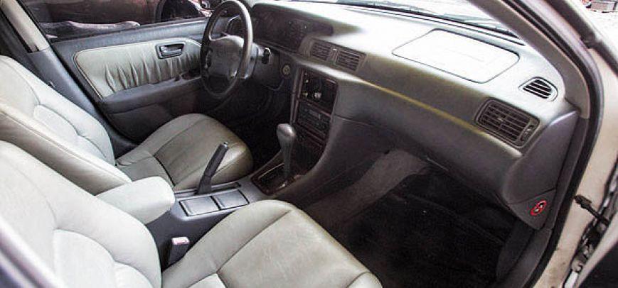 Toyota Camry 2001 - 9