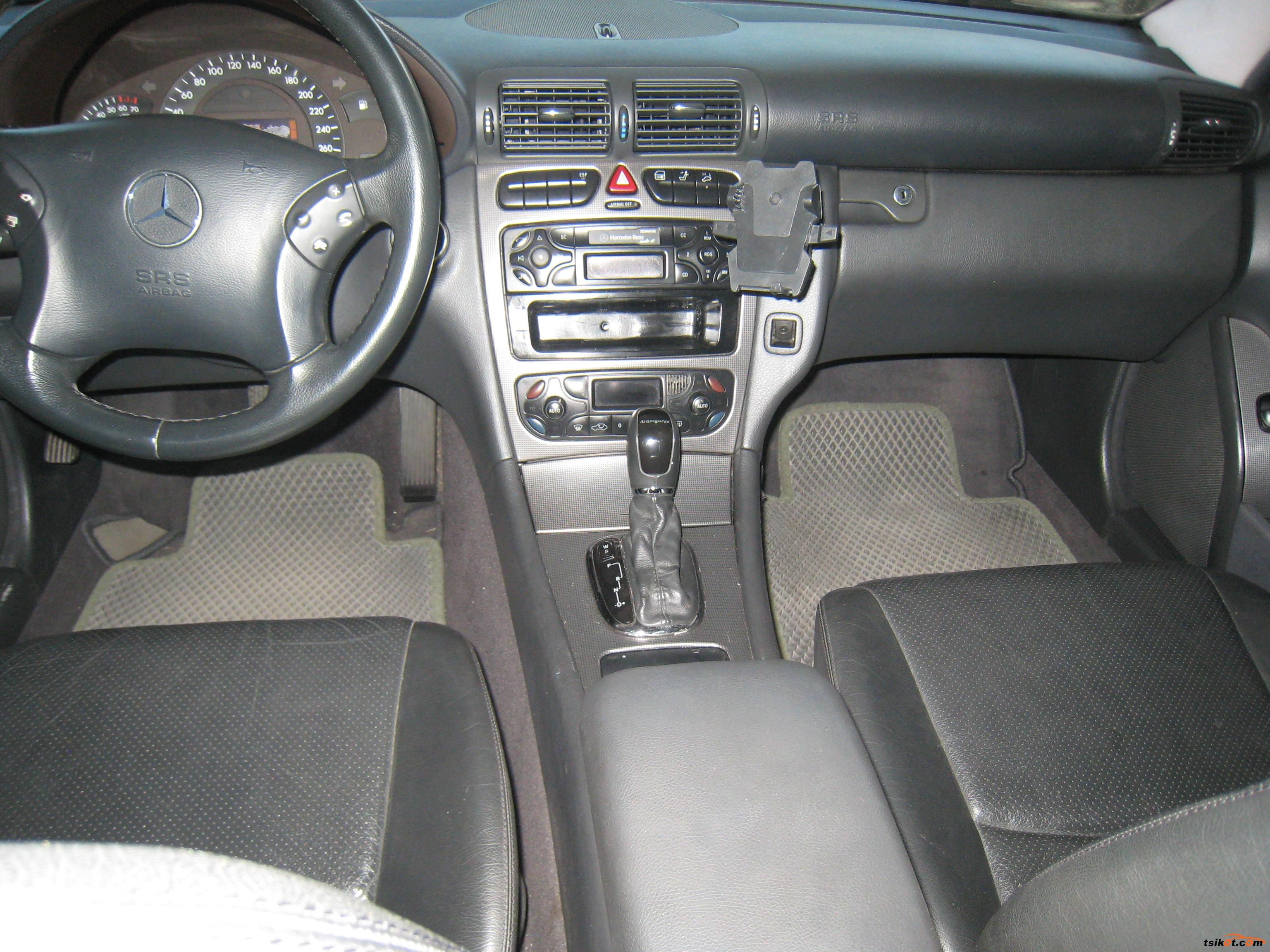 Mercedes-Benz C 2001 - 2
