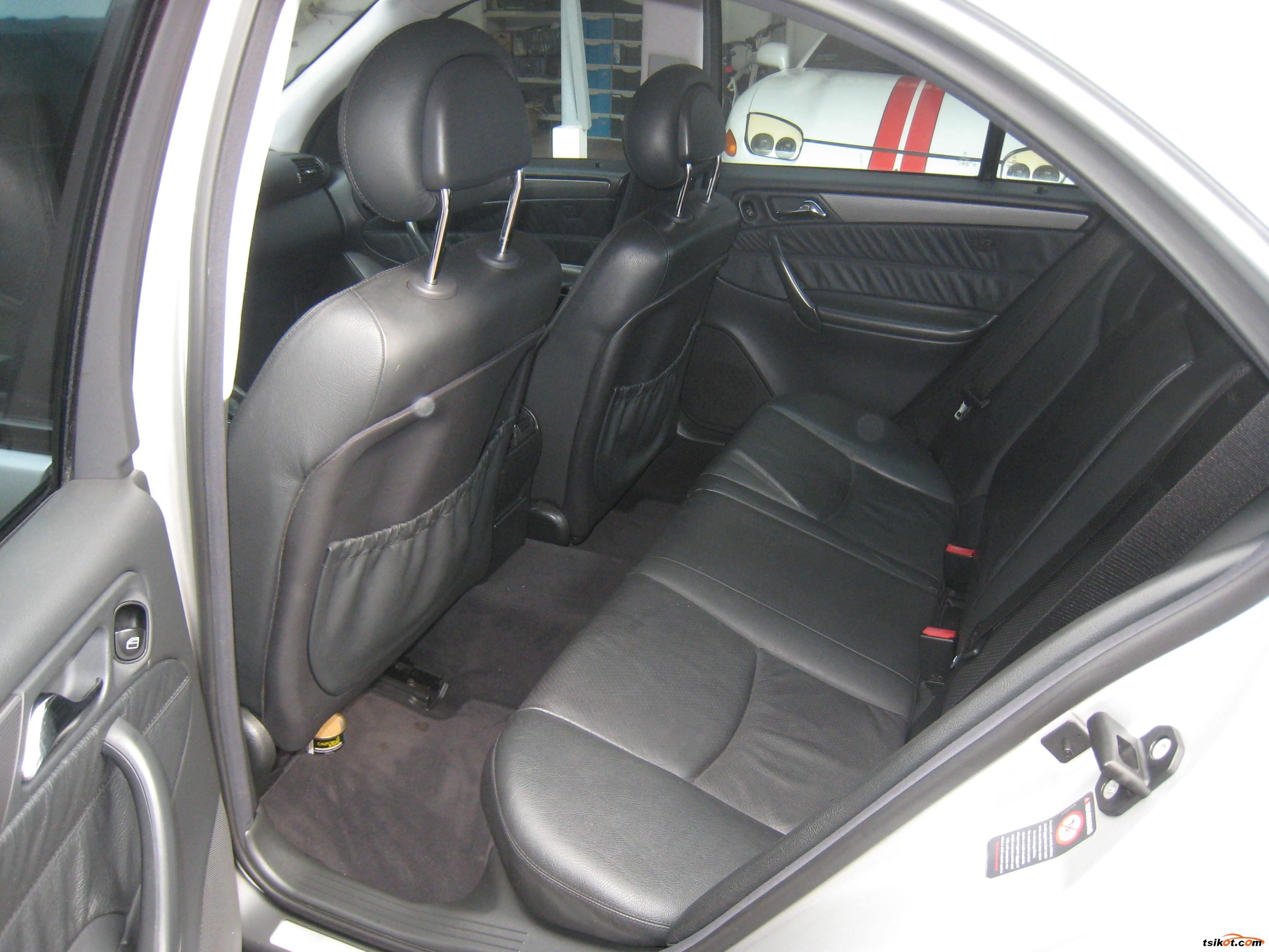 Mercedes-Benz C 2001 - 4