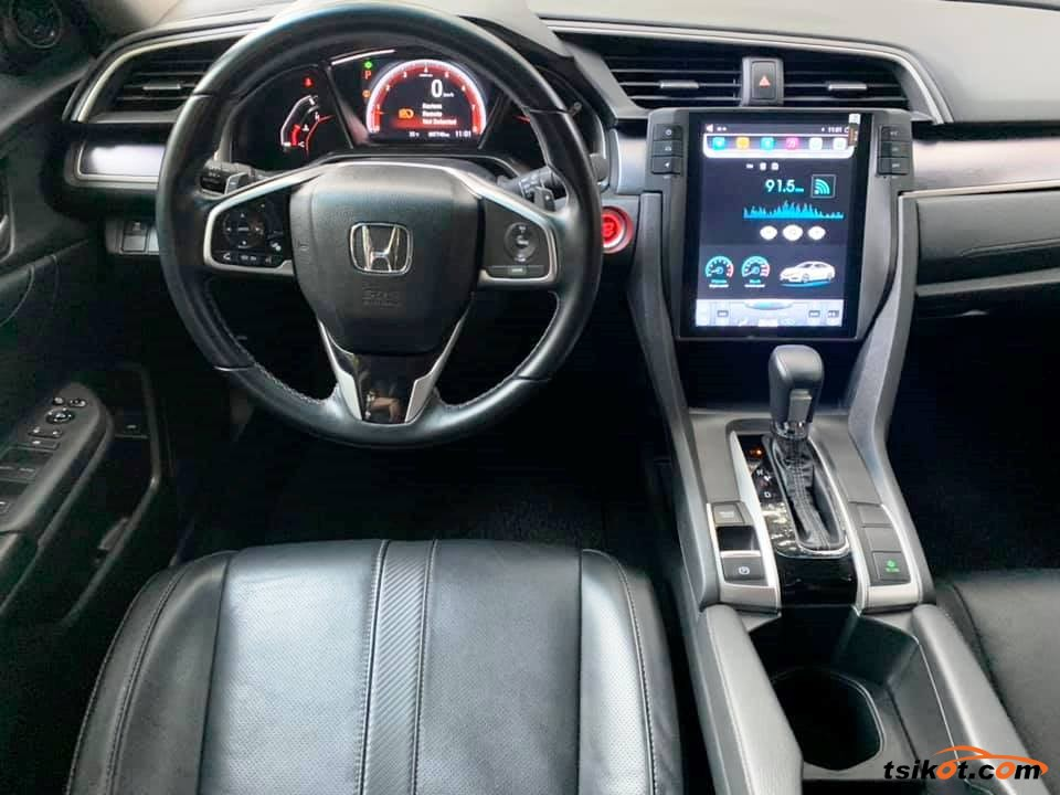 Honda Civic 2018 - 7