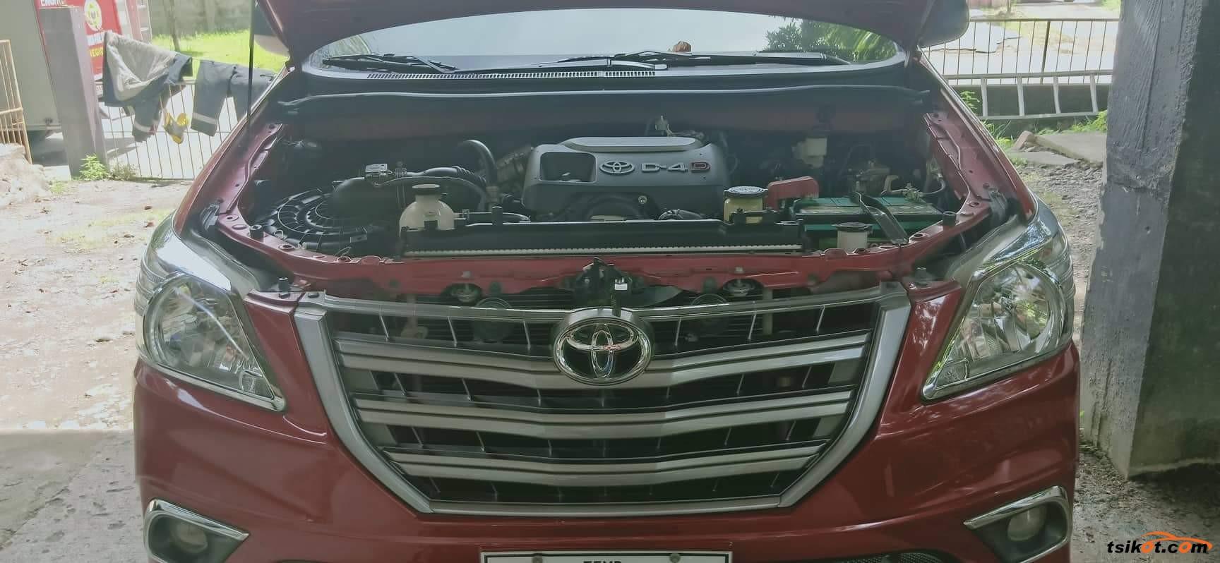 Toyota Innova 2016 - 7