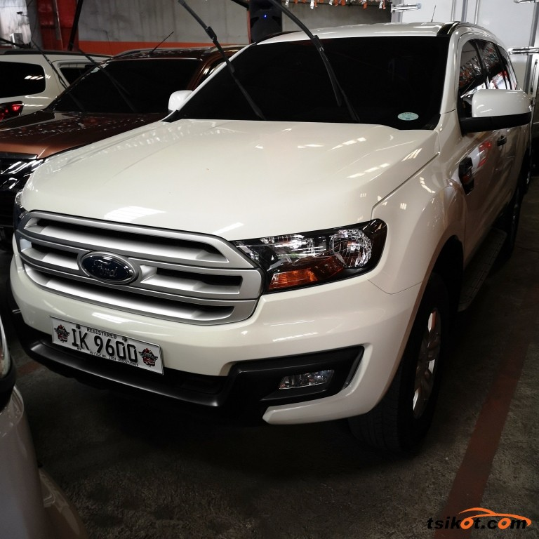 Ford Everest 2016 - 1