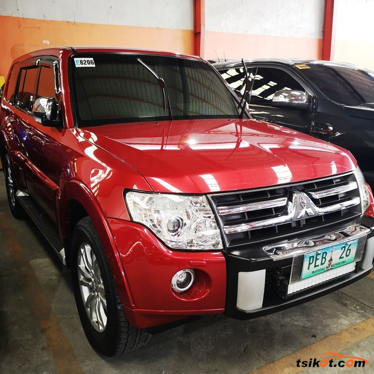 Mitsubishi Pajero 2009 - 1