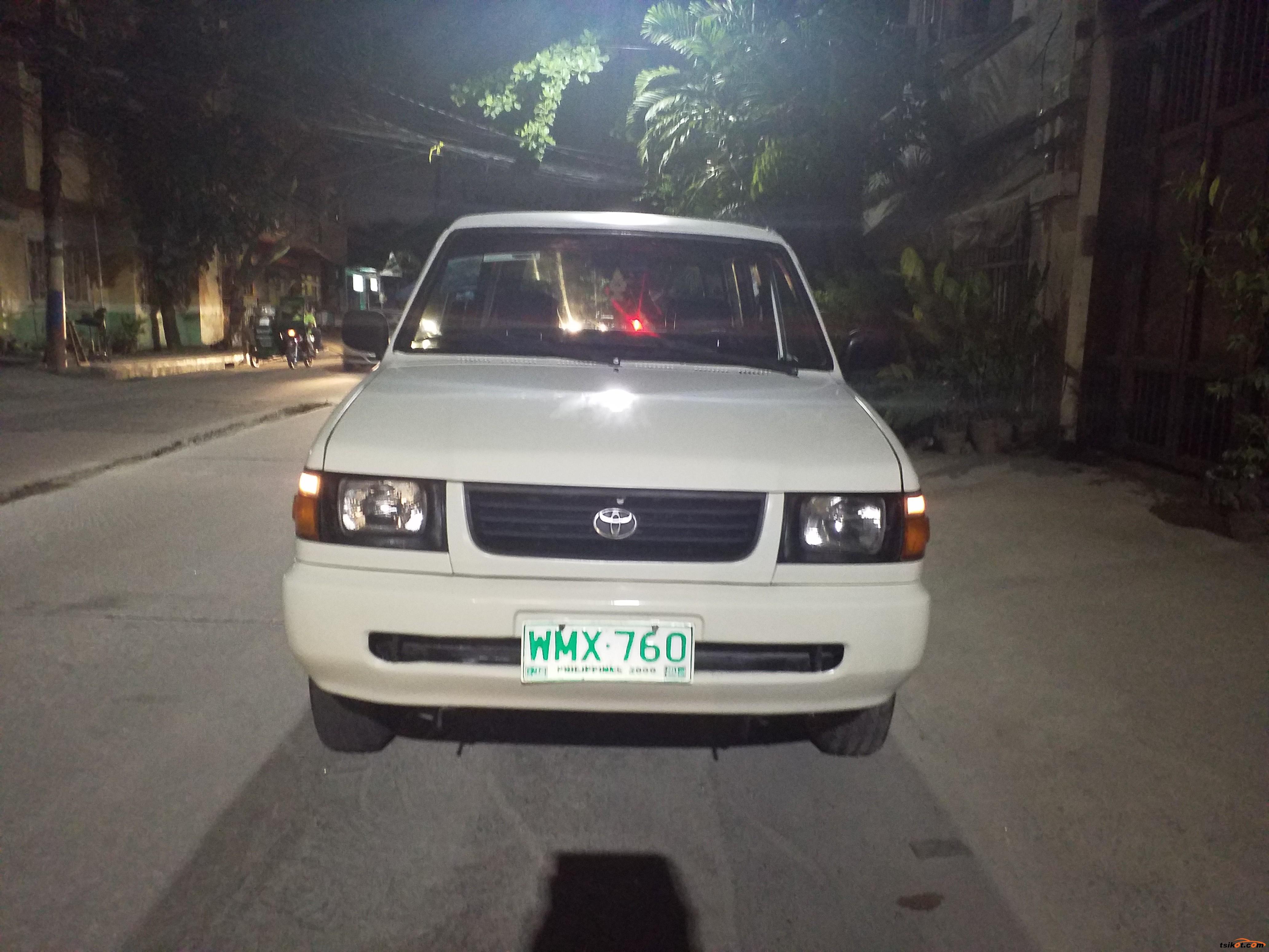 Toyota Rav4 2000 - 1
