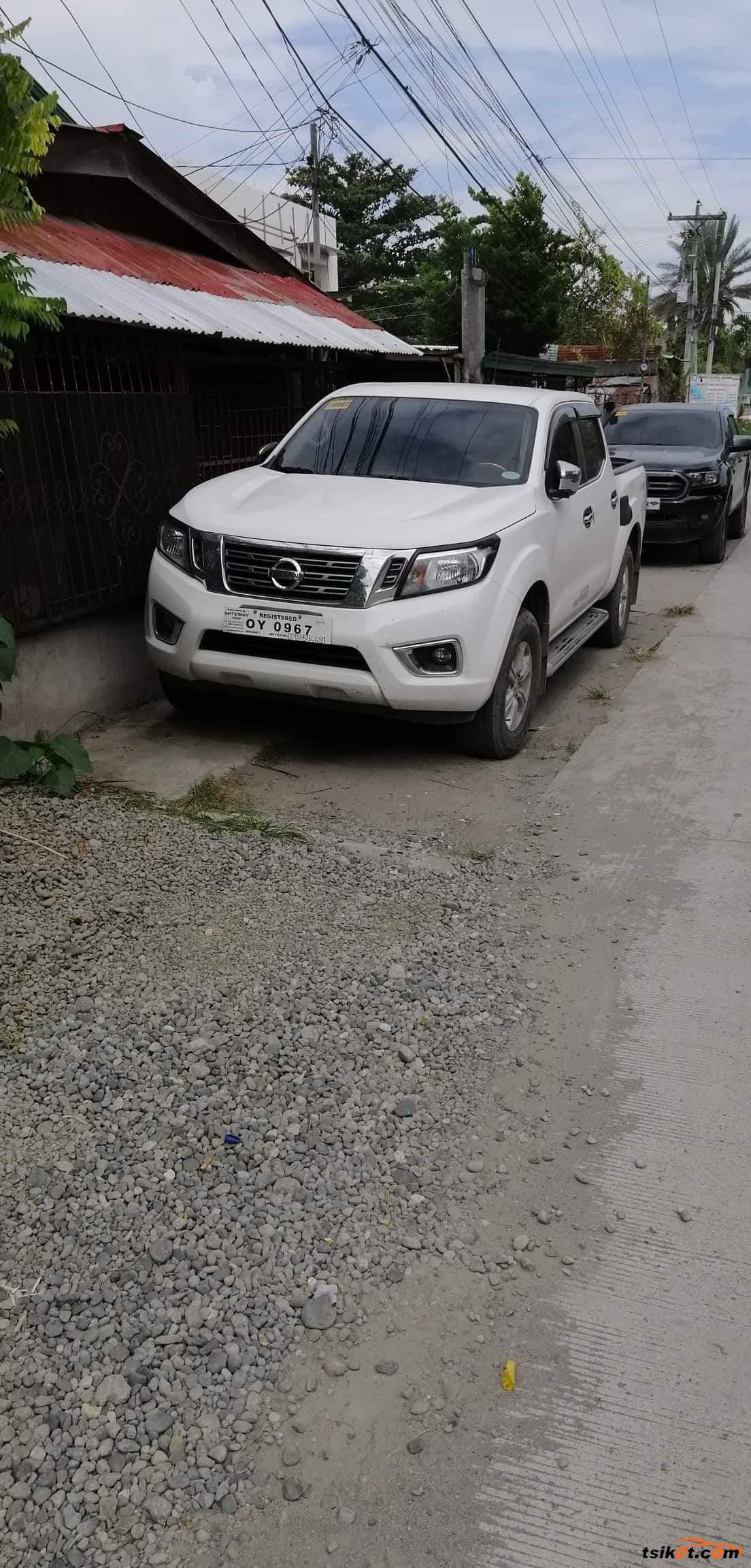 Nissan Navara 2017 - 3