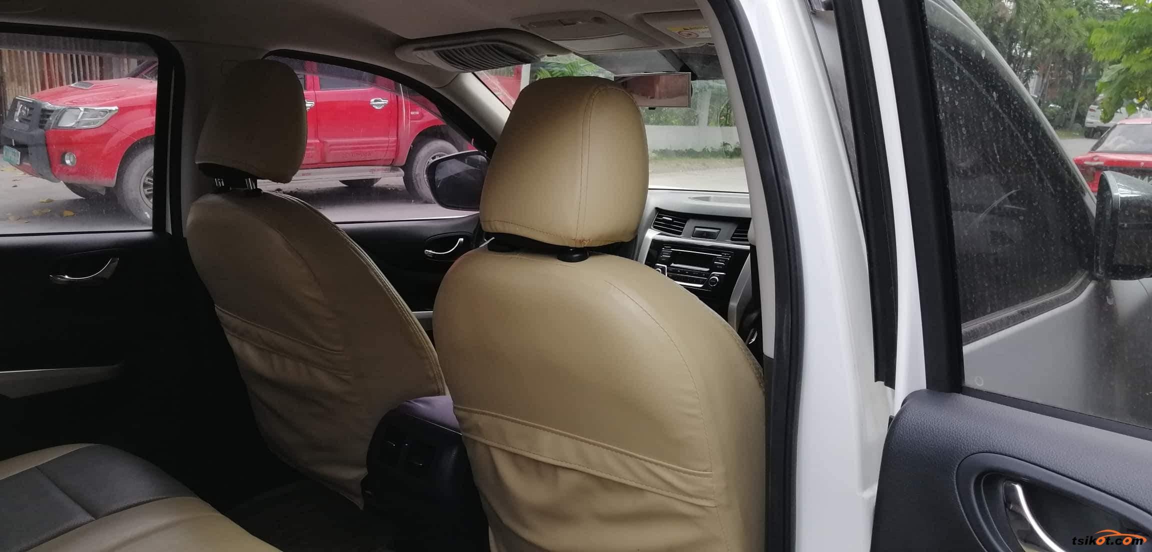 Nissan Navara 2017 - 6