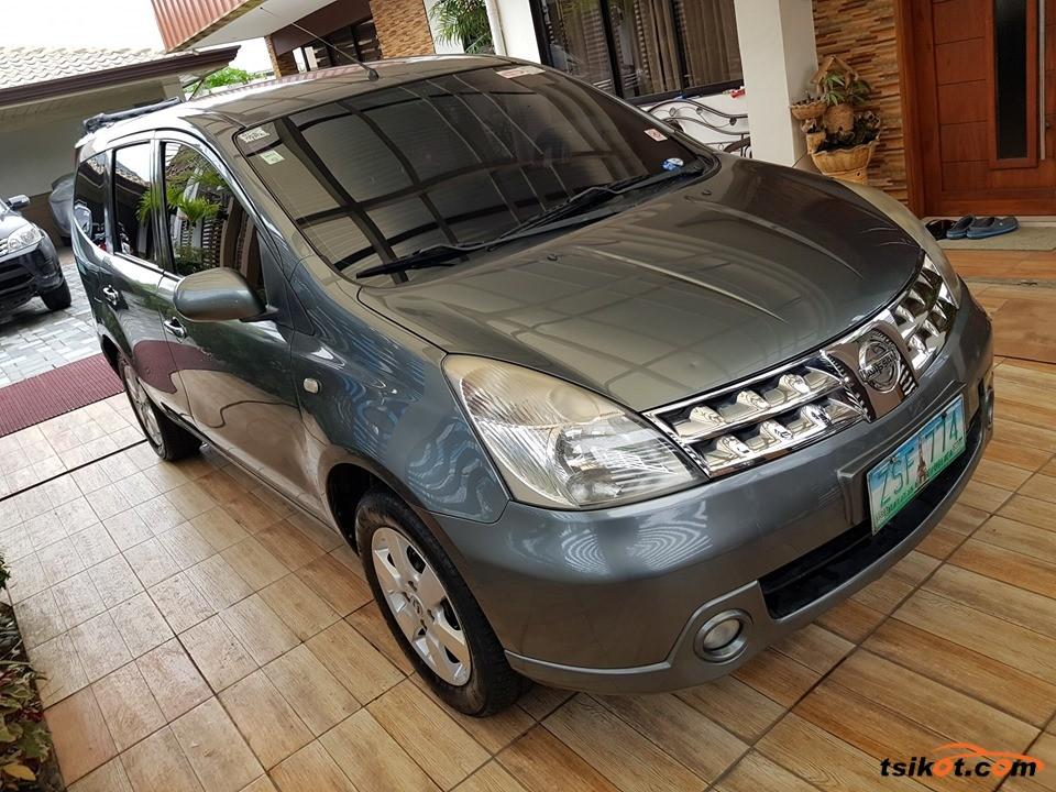 Nissan Grand Livina 2009 - 2