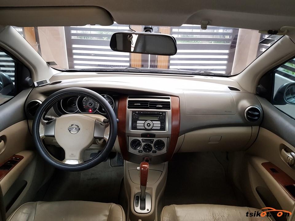 Nissan Grand Livina 2009 - 3