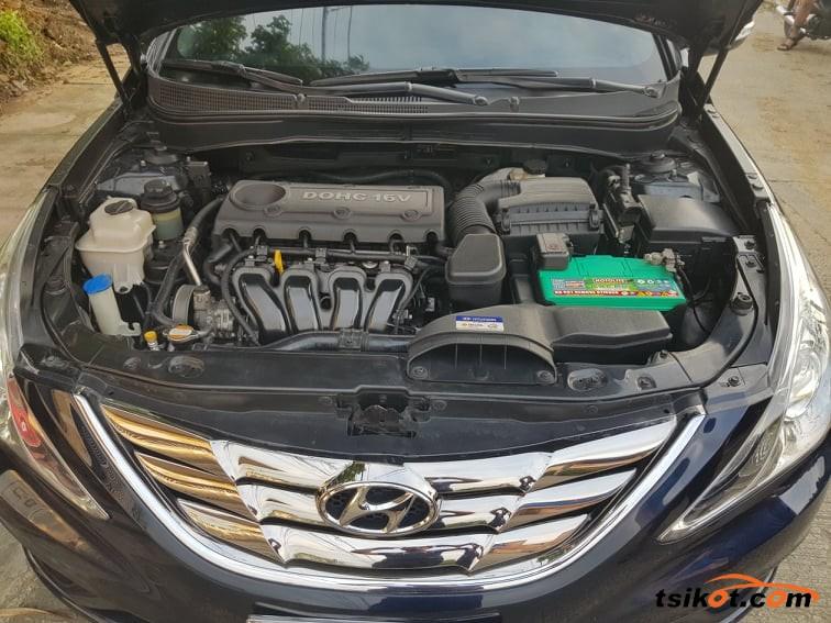Hyundai Sonata 2011 - 7