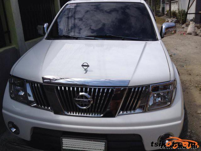 Nissan Frontier 2011 - 3