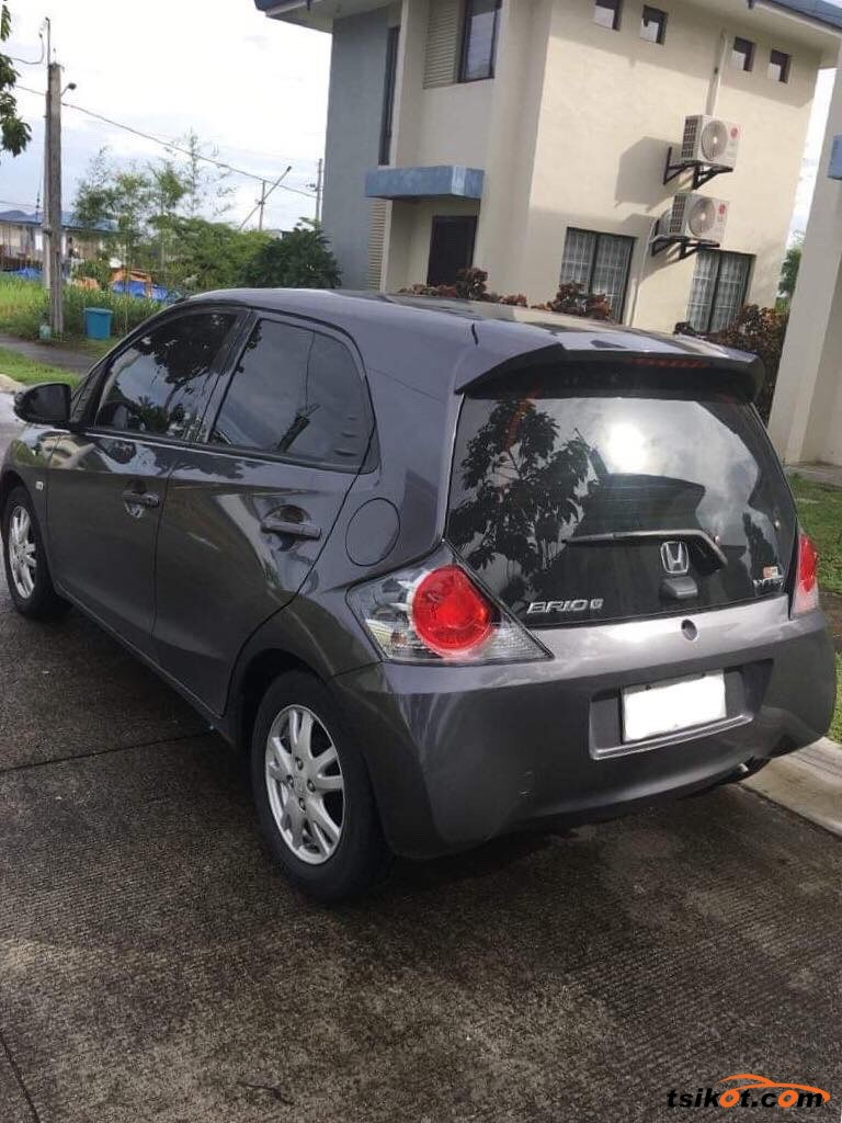 Honda Brio 2015 - 5