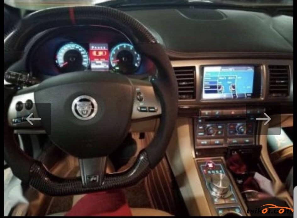 Jaguar X-Type 2012 - 6