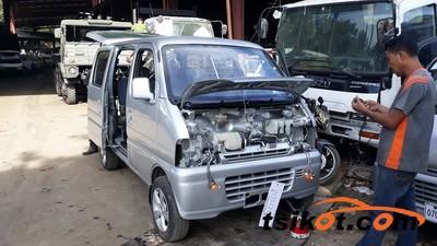 Suzuki Multi-Cab 2012 - 5