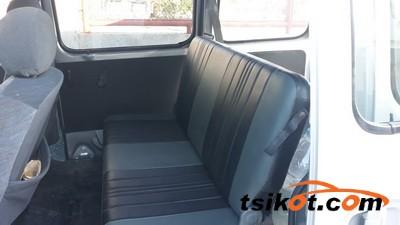 Suzuki Multi-Cab 2012 - 9