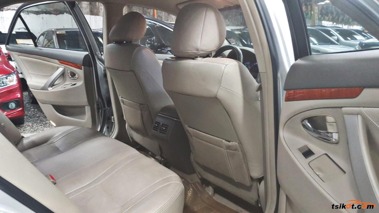Toyota Camry 2011 - 9